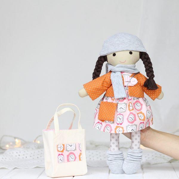 Lalka + zestaw ubrań