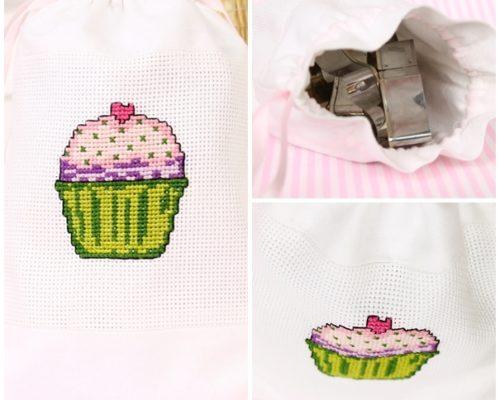 Muffinek – wzór haftu krzyżykowego
